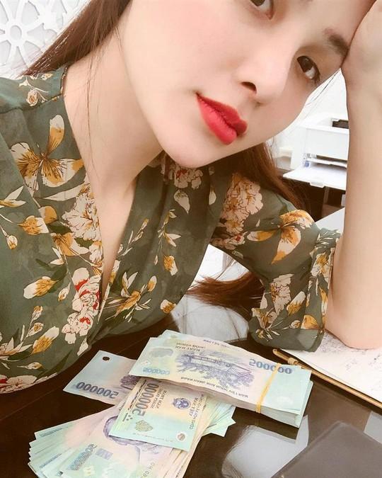 Hoa hậu Diễm Hương phát biểu gây sốc: Hãy lấy nhau vì tiền! - Ảnh 3.