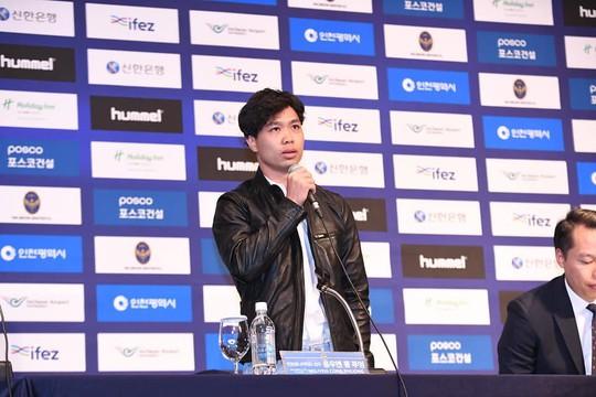 HLV Park Hang-seo đến chúc mừng Công Phượng ra mắt CLB Incheon United - Ảnh 7.