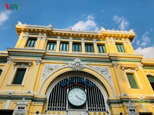 Bưu điện TP HCM - điểm đến thu hút khách du lịch quốc tế - Ảnh 16.
