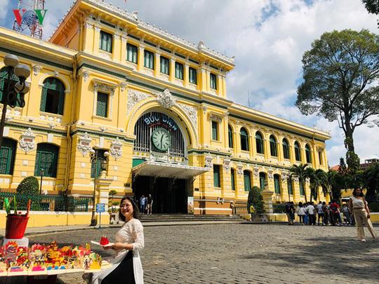 Bưu điện TP HCM - điểm đến thu hút khách du lịch quốc tế - Ảnh 18.