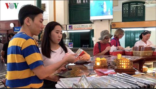 Bưu điện TP HCM - điểm đến thu hút khách du lịch quốc tế - Ảnh 3.