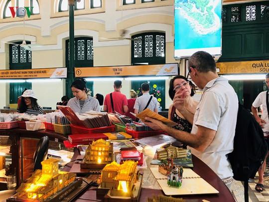 Bưu điện TP HCM - điểm đến thu hút khách du lịch quốc tế - Ảnh 5.