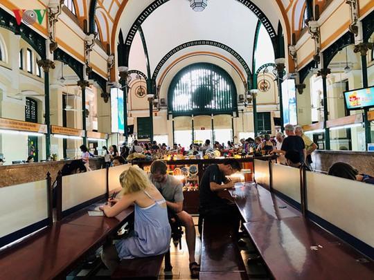 Bưu điện TP HCM - điểm đến thu hút khách du lịch quốc tế - Ảnh 6.