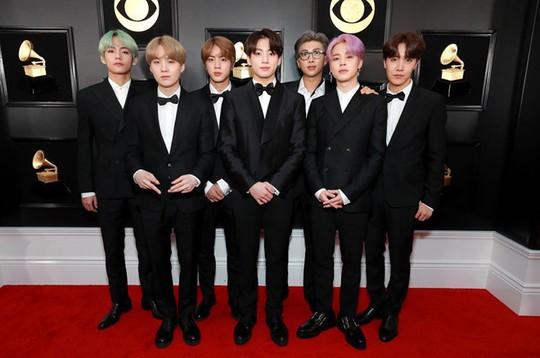 10 phong cách trang điểm đẹp nhất tại Grammy Awards 2019 - Ảnh 9.