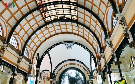 Bưu điện TP HCM - điểm đến thu hút khách du lịch quốc tế - Ảnh 10.