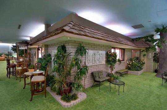 Bên trong căn nhà dưới lòng đất có giá hơn 417 tỷ đồng - Ảnh 6.