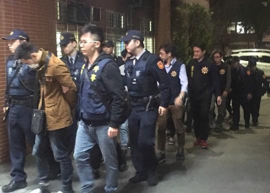 Đài Loan bắt 7 người Việt nghi đâm chết đồng hương - Ảnh 2.