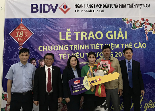 Gửi tiết kiệm dịp Tết ở BIDV, bất ngờ trúng 500 triệu đồng - Ảnh 1.