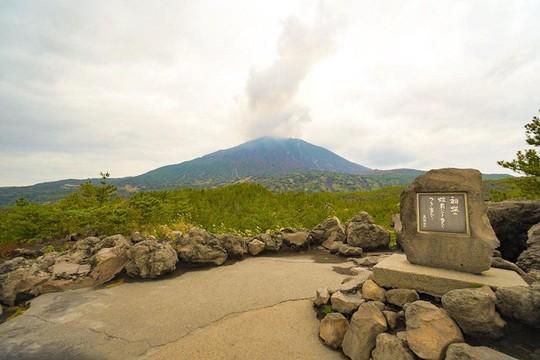 Kagoshima, vùng đất kỳ lạ với núi lửa nghìn năm - Ảnh 1.