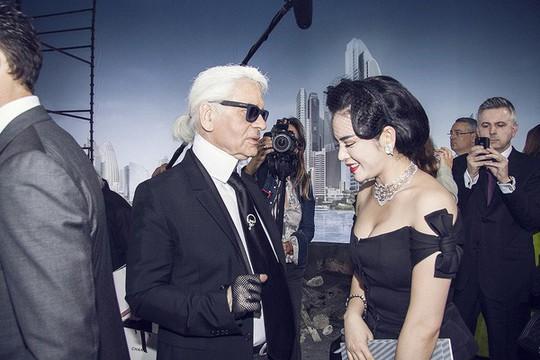 Lý Nhã Kỳ, mỹ nhân Việt duy nhất được trò chuyện với Karl Lagerfeld - Ảnh 1.