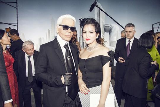 Lý Nhã Kỳ, mỹ nhân Việt duy nhất được trò chuyện với Karl Lagerfeld - Ảnh 2.