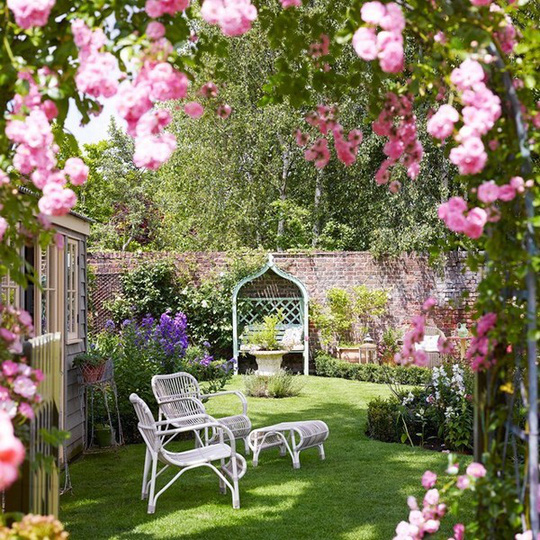 Phong cách thiết kế sân vườn đặc trưng cho tính cách gia chủ - Ảnh 1.