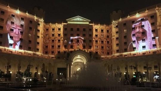 Những khách sạn ông Donald Trump từng ở khi công du châu Á - Ảnh 11.