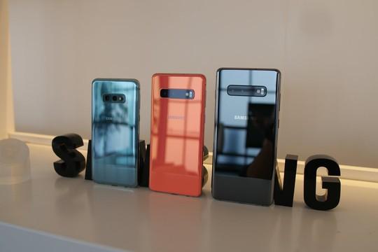 Samsung Galaxy S10: Kình địch của dòng iPhone X ra mắt - Ảnh 2.