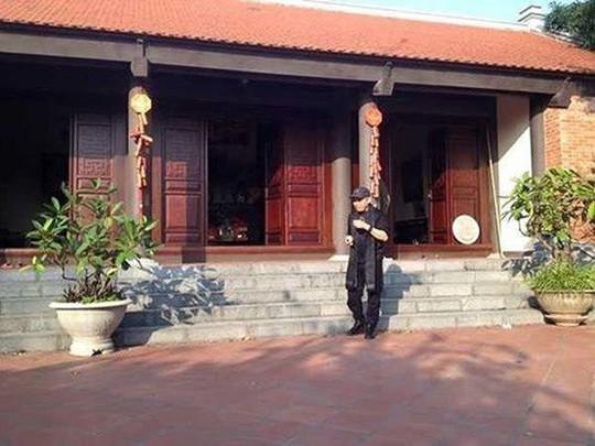 Thăm nhà giữa lòng phố cổ của danh hài Xuân Hinh - Ảnh 2.