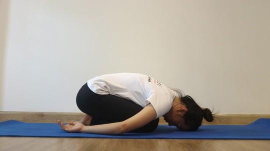 Yoga cho người thiếu máu não - Ảnh 2.