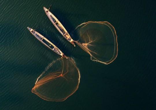 Sương giăng trên hồ Tuyền Lâm vào top ảnh đẹp trên báo Mỹ - Ảnh 2.