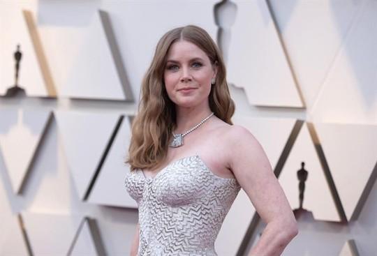 Phụ kiện to bản lên ngôi tại Oscar 2019 - Ảnh 11.