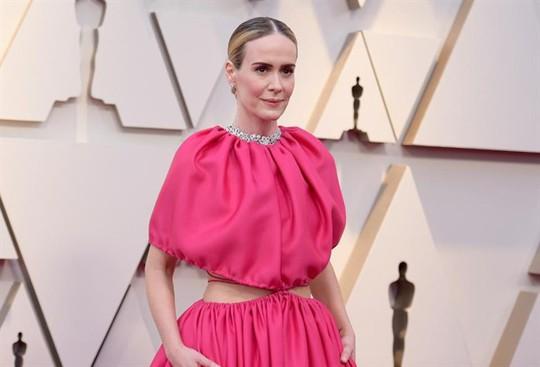 Phụ kiện to bản lên ngôi tại Oscar 2019 - Ảnh 16.