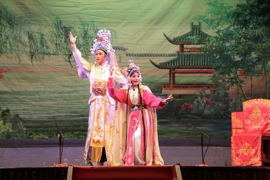 Giao lưu nghệ thuật Cải lương tuồng cổ Việt Nam và Triều kịch Quảng Đông Trung Quốc - Ảnh 1.