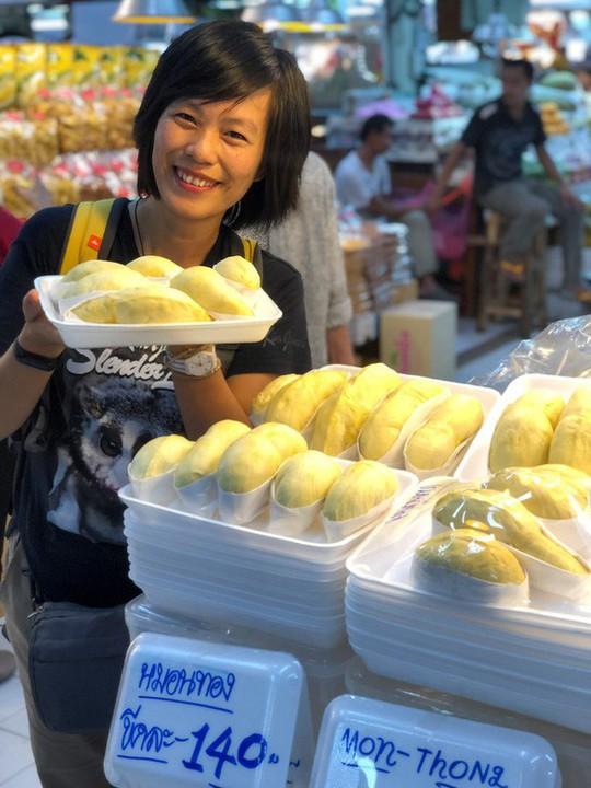 Đừng quên ghé chợ Or Tor Kor khi tới Bangkok dịp tết này - Ảnh 1.
