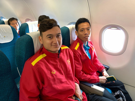 Bật mí những chuyến bay như chuyên cơ đưa tuyển Việt Nam du đấu - Ảnh 8.
