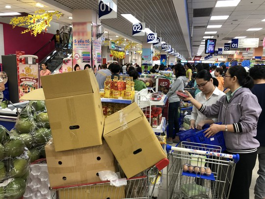 Vét sạch siêu thị sáng 30 Tết - Ảnh 5.