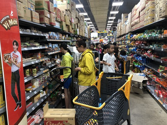 Vét sạch siêu thị sáng 30 Tết - Ảnh 7.