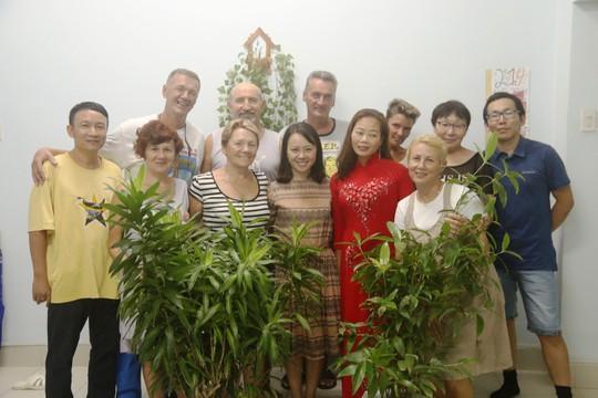 Tết Việt đầy ý nghĩa trong mắt người Nga - Ảnh 6.