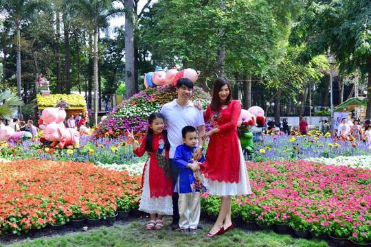 Nô nức trẩy Hội Hoa Xuân Tao Đàn - Ảnh 7.