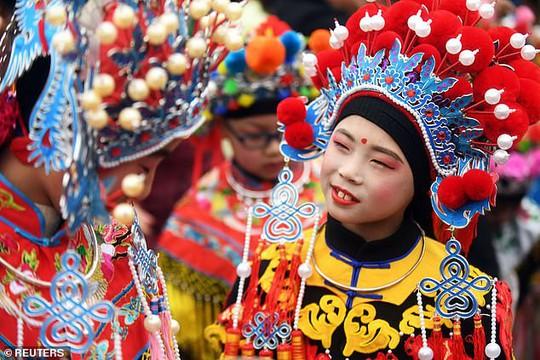 Châu Á chào đón năm mới - Ảnh 6.