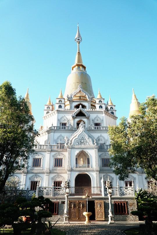 Những ngôi chùa cổ ở Sài Gòn cho chuyến hành hương đầu xuân - Ảnh 5.