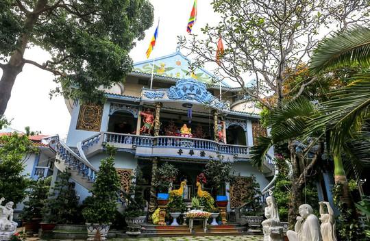Những ngôi chùa cổ ở Sài Gòn cho chuyến hành hương đầu xuân - Ảnh 7.