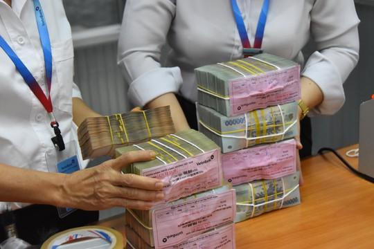 Hiến kế để doanh nghiệp giảm lệ thuộc vào vốn ngân hàng - Ảnh 1.