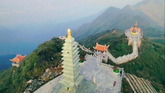 Đẹp như dáng chùa Việt trên nóc nhà Đông Dương - Ảnh 10.
