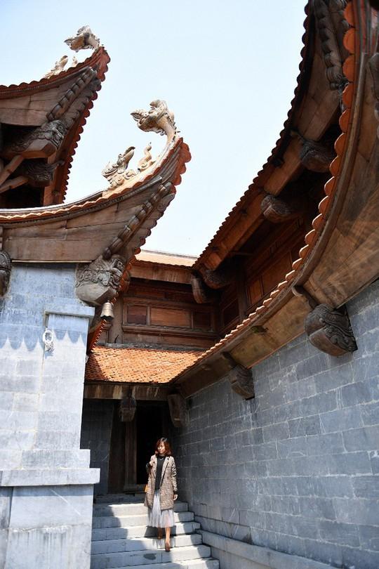 Đẹp như dáng chùa Việt trên nóc nhà Đông Dương - Ảnh 8.