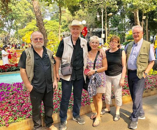 Du khách nước ngoài ca ngợi Hội Hoa Xuân Tao Đàn - Ảnh 10.