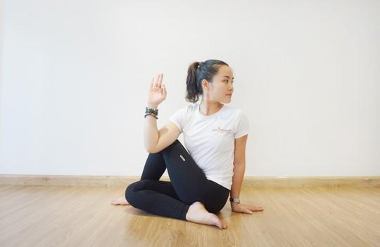 Yoga kết hợp vào thói quen hằng ngày - Ảnh 2.