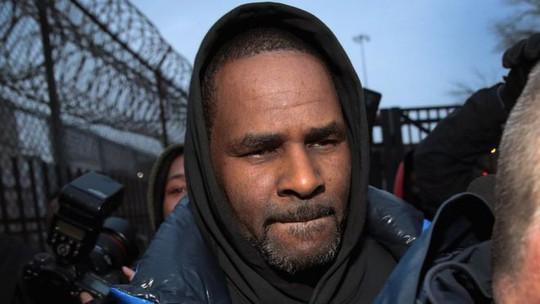 Danh ca R. Kelly được thả sau khi nộp tiền trợ cấp cho con - Ảnh 1.