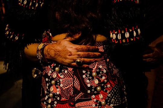 Đêm tiệc cưới phong cách thổ dân của tỉ phú Ấn Độ - Ảnh 8.