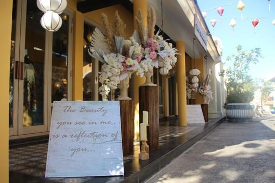 Lộng lẫy lễ cưới chính thức của tỉ phú Ấn Độ tại Phú Quốc - Ảnh 8.