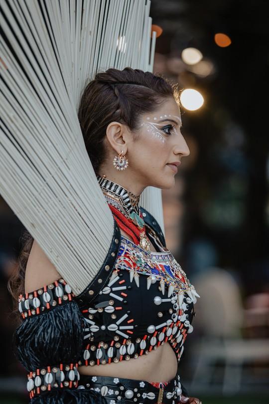 Đêm tiệc cưới phong cách thổ dân của tỉ phú Ấn Độ - Ảnh 5.