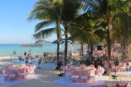 Lộng lẫy lễ cưới chính thức của tỉ phú Ấn Độ tại Phú Quốc - Ảnh 9.
