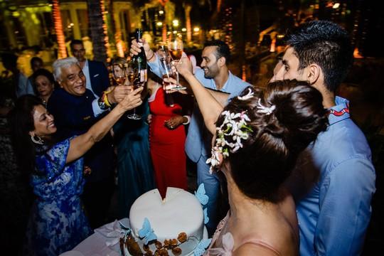Cận cảnh đám cưới xa xỉ của tỉ phú Ấn Độ tại JW Marriott Phu Quoc Emerald Bay - Ảnh 9.