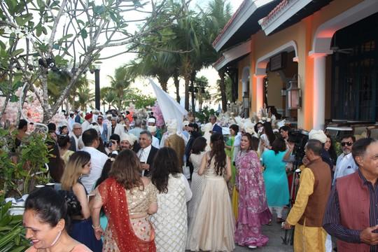 Lộng lẫy lễ cưới chính thức của tỉ phú Ấn Độ tại Phú Quốc - Ảnh 19.