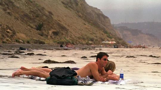 10 bãi tắm khỏa thân được du khách yêu thích nhất thế giới - Ảnh 1.