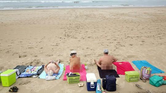 10 bãi tắm khỏa thân được du khách yêu thích nhất thế giới - Ảnh 10.