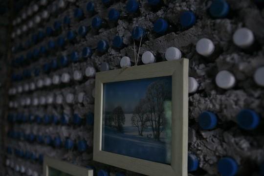 Một ngôi nhà tuyệt đẹp xây bằng 8.800 vỏ chai nhựa - Ảnh 6.