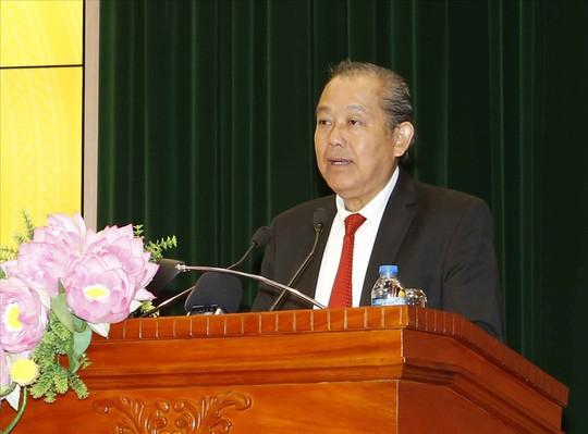 FLC ký bản ghi nhớ đầu tư Dự án Tổ hợp Du lịch sinh thái tại Đắk Lắk. - Ảnh 1.