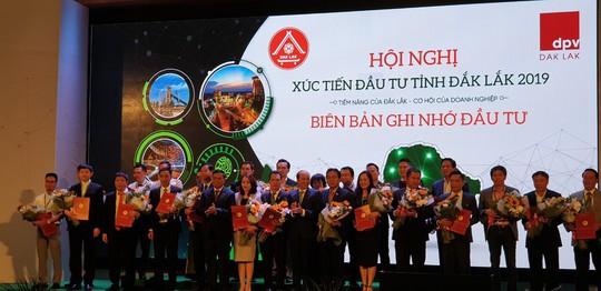 FLC ký bản ghi nhớ đầu tư Dự án Tổ hợp Du lịch sinh thái tại Đắk Lắk. - Ảnh 2.